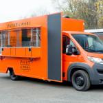 Food Truck pomarańczowy - Bannert - zabudowy specjalistyczne
